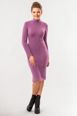 Лиловое платье с воротником под горло
