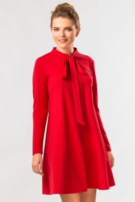 Красное платье с завязками