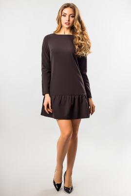 Черное платье с длинным рукавом и оборками