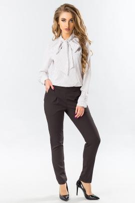 Черные брюки со складками