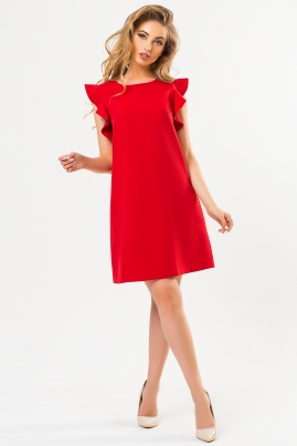 Красное платье с воланами на плечах