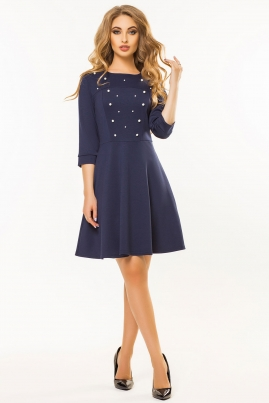 Темно-синее платье с бусинами
