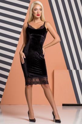 Черное велюровое платье с кружевом