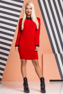 Красное платье с черным воротником