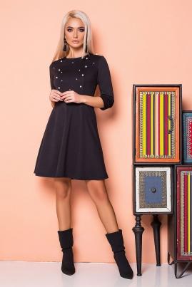 Черное платье с бусинами