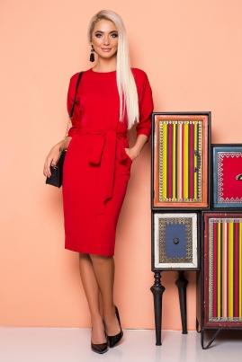 Красное платье с поясом и цельнокроеным рукавом